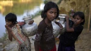 """Völkermord"" an Rohingya noch im Gange"