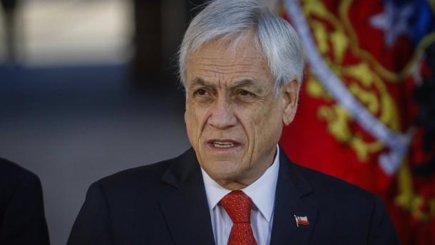 Gericht lässt Klage gegen Präsident Piñera zu