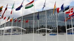 Nato lädt Mazedonien zu Beitrittsgesprächen ein
