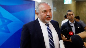 Israel will Teherans Einfluss beim Nachbarn verhindern