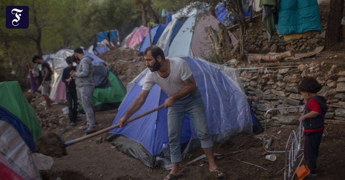 End of Moria camp highlights refugee trauma