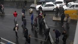 Iran verurteilt Unterstützung von Demonstranten