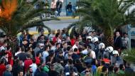 Protest gegen Lebensbedingungen: Flüchtlinge auf Lesbos