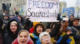 Tausende Anhänger fordern Freilassung Saakaschwilis