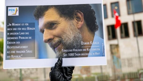 Verfassungsgericht lehnt Beschwerde von inhaftiertem Kavala ab