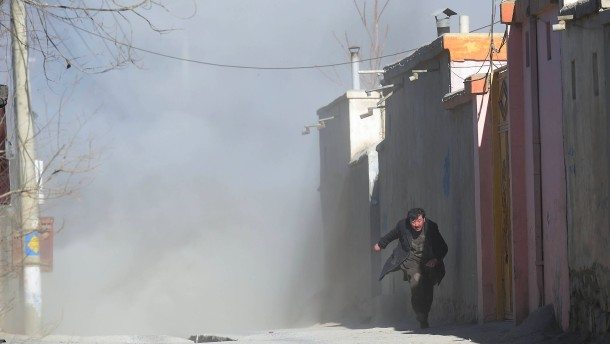 IS bezichtigt sich des Anschlags in Kabul