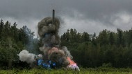 Eine russische Cruise Missile des Typs Iskander-K (Nato-Code SSC-7) startet während des Großmanövers Zapad 2017. Von der neuen SSC-8 gibt es kein Foto, aber es soll sich um eine Weiterentwicklung dieser Rakete handeln.