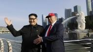 Gemeinsam in Singapur: Doppelgänger von Donald Trump und Kim Jong-un