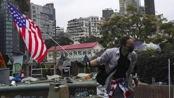 China bestellt amerikanischen Geschäftsträger ein