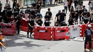 Demonstranten blockieren Regierungsviertel