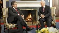 New Kid on the block: Gabriel im Gespräch mit Pence im Weißen Haus