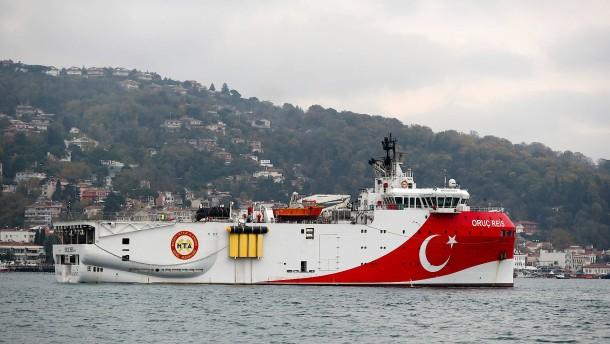 Athen fordert Abzug aller türkischen Schiffe