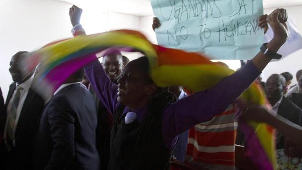 Anti-Homosexuellen-Gesetz ist Null und nichtig