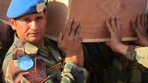 UN-Truppe nimmt Abschied von getöteten Blauhelmen