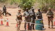 Bundeswehrsoldaten bilden Anfang April in Koulikoro malische Soldaten aus.
