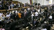 Opposition will Präsident Maduro vor Gericht bringen