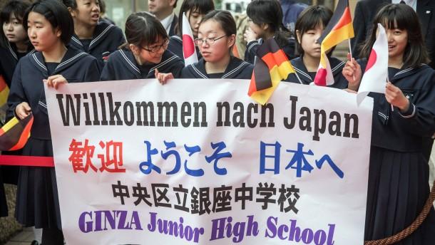 """""""Deutschstunde"""" für Shinzo Abe"""