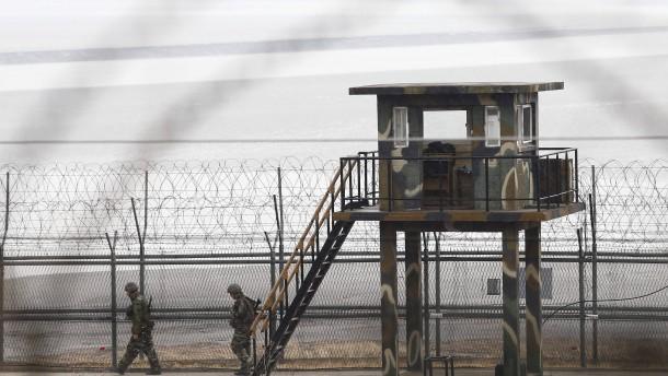 Brief Nach Nordkorea : Soldat aus nordkorea gelingt flucht nach südkorea