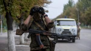 Russischer Hilfskonvoi in die Ostukraine aufgebrochen