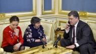 Poroschenko erwartet Freilassung von Pilotin