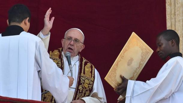 Papst dankt Flüchtlingshelfern in aller Welt