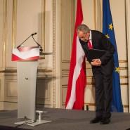 Alexander Van der Bellen tritt sein Amt als österreichischer Präsident mit Demut an.