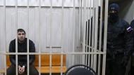 Saur Dadajew, hier am Sonntag in einem Moskauer Gericht, soll eine Beteiligung an dem Mord an Boris Nemzow gestanden haben.
