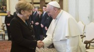 Mit großem Gefolge beim Papst