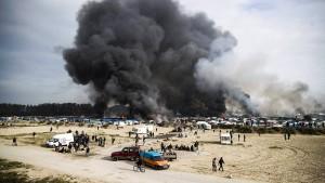 Flüchtlingslager von Calais geräumt