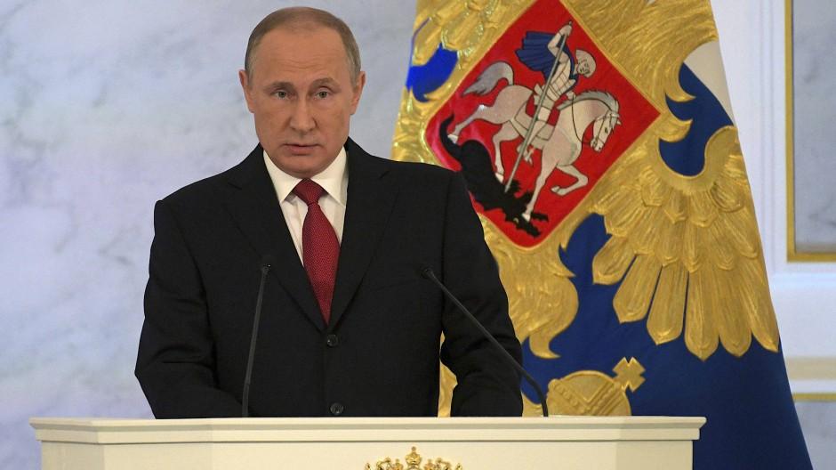 Der russische Präsident Wladimir Putin bei der Rede an die Nation im Kreml.