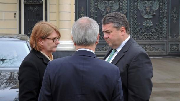 Stippvisite in Moskau: Sigmar Gabriel besucht Putin