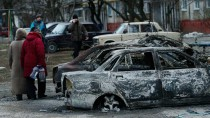 Zerstörung in den Straßen von Mariupol.