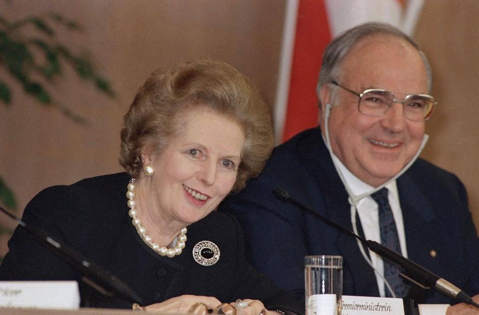 Zwei einer goldenen Generation: Margaret Thatcher und Helmut Kohl 1989 in Frankfurt