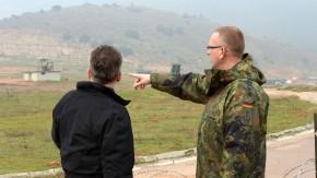 De Maizière besucht deutsche «Patriot»-Soldaten in der Türkei
