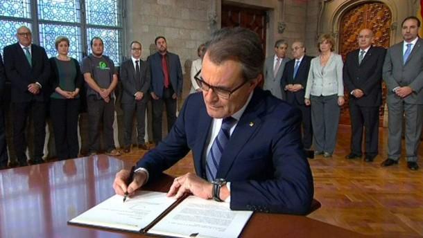 Thumbnail for Referendum im November: Katalanen wollen bald über ihre Unabhängigkeit abstimmen