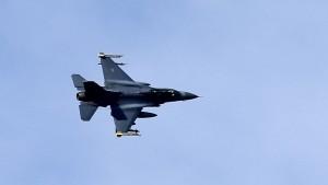 Türkei schießt syrisches Flugzeug ab