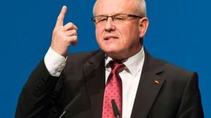 Kauder: Flugverbotszone würde Problem nicht lösen