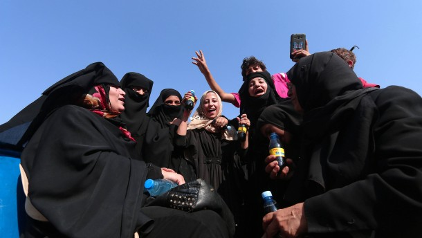 Islamisten lassen Hunderte Geiseln frei