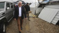 Außenminister Steinmeier versprach den Menschen in Aleppo nach dem Besuch eines Flüchtlingslagers für Syrer im Libanon weitere finanzielle Hilfe.