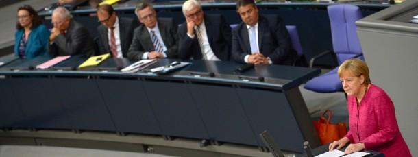 Sondersitzung: Angela Merkel am Montag vor dem Bundestag