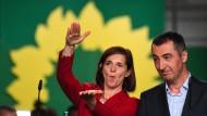 Zufrieden: Die Grünen-Spitzenkandidaten Göring-Eckardt und Özdemir