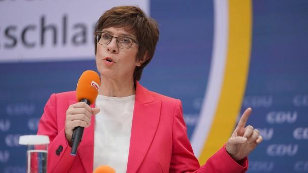 Kramp-Karrenbauer verliert Kampf um Direktmandat