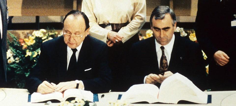 Eu 25 Jahre Vertrag Von Maastricht