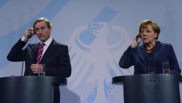 Merkel lobt große Reformfortschritte Irlands