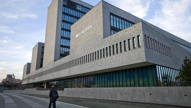 Kommission will  Antiterrorzentrum