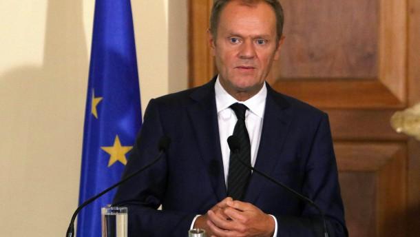 EU-Ratspräsident Tusk beruft Sondergipfel ein