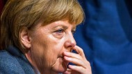 Prognose erhöht: Bundeskanzlerin Merkel erwartet mehr Flüchtlinge.