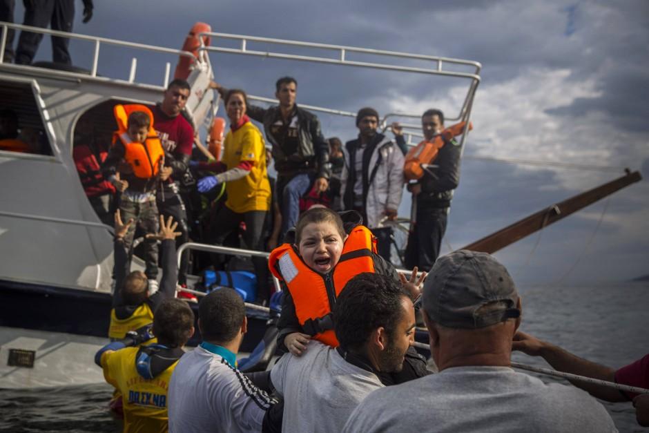 Brief Nach Griechenland Adressieren : Bild zu zahl der flüchtlinge von türkei nach griechenland