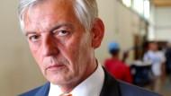Tritt zurück: Bamf-Chef Manfred Schmidt