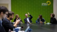 Freude auf die Verhandlungen: die Führung der Grünen am Montag in Berlin